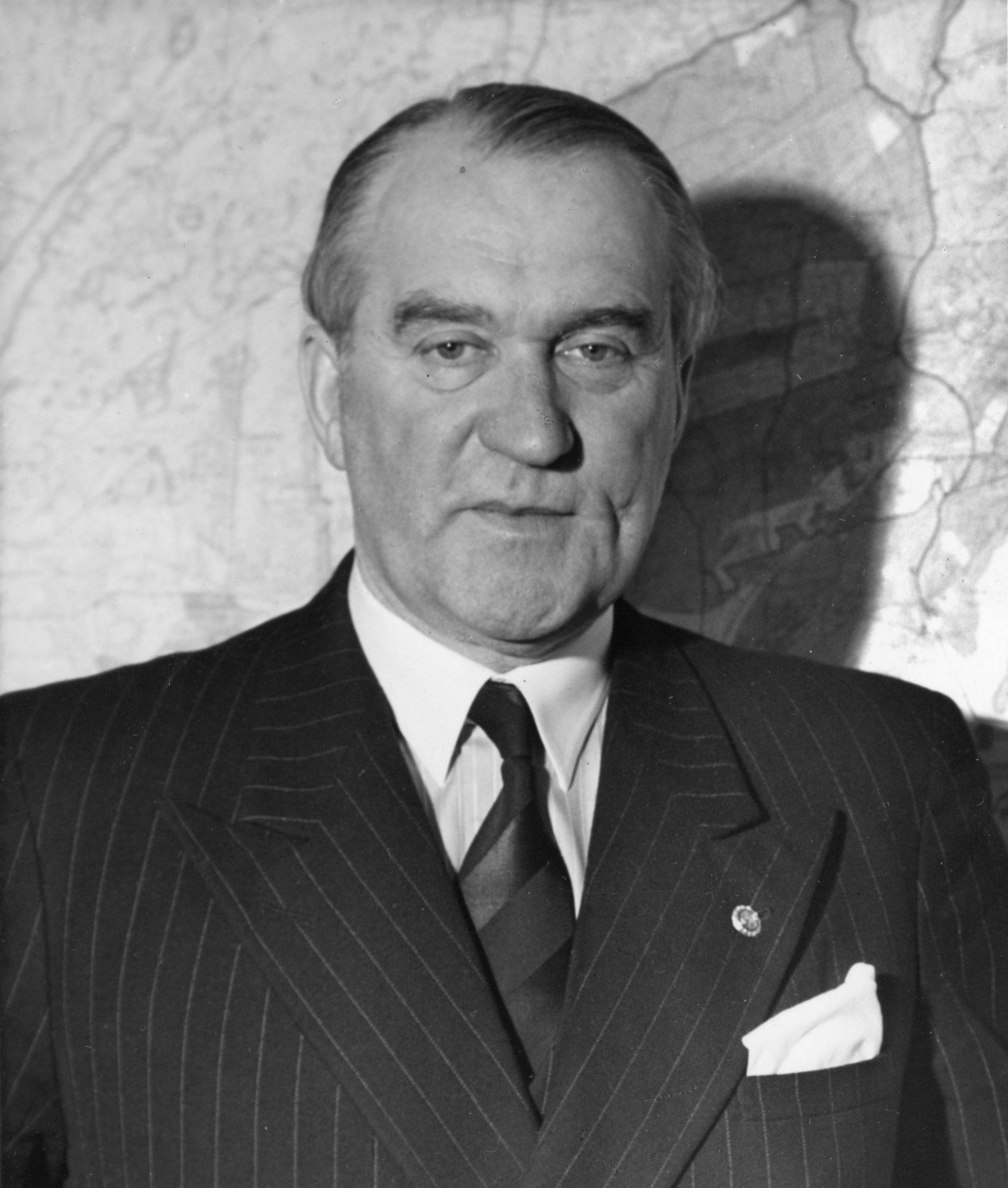 Erik von Frenckell vuonna 1952