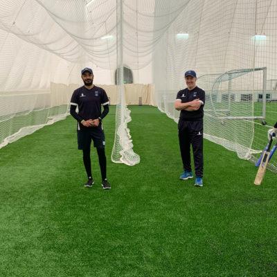 Maija Scamans, Amjad Sher, Andrew Armitage ja Van Padhaal_Krikettiliitto 2