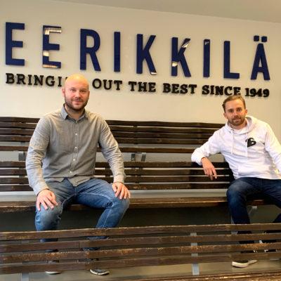 Eerikkilän myyntipäällikkö Antti Hakala ja salibandyn maajoukkuehyökkääjä Jussi Piha 2020 (3)